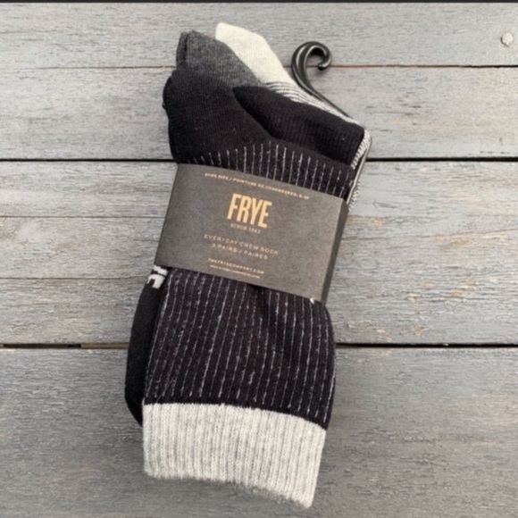 New Frye socks 3 pack fits shoe size 5 - 10.